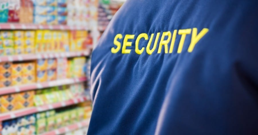 personal-seguridad-tienda-supermercado-uniforme